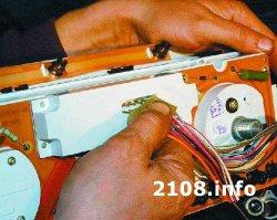 Снятие и установка высокой панели приборов (торпеды) ВАЗ 2108-2109-21099