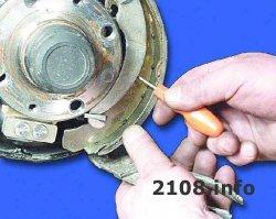 Замена задних тормозных колодок на ВАЗ 2108-2109-21099