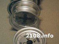 ВАЗ 2108 на полу